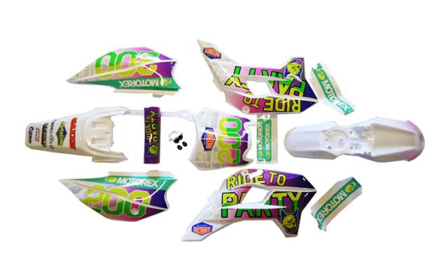 Stomp tomanon-Plastics-Graphics-Kit-Z3-Ride